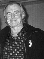 Alan White (Yes drummer) httpsuploadwikimediaorgwikipediacommonsee