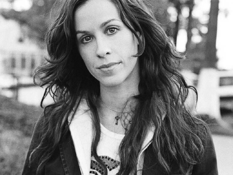 Alanis Morissette 35 Things You Oughta Know About Alanis Morissette That