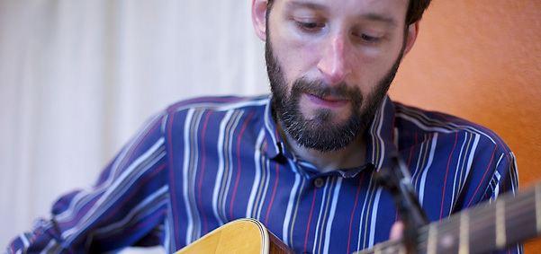 Alasdair Roberts (musician) Alasdair Roberts Drag City