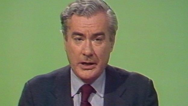 Alastair Burnet Veteran Newsreader Sir Alastair Burnet Dies Aged 84