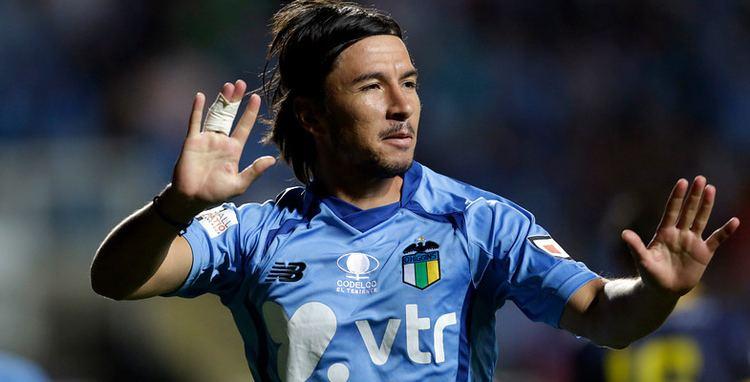 Albert Acevedo Albert Acevedo confa en clasificar con OHiggins a la Copa