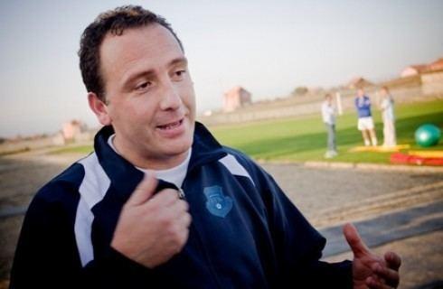 Albert Bunjaki Federata e Futbollit e Kosovs Przgjedhsi