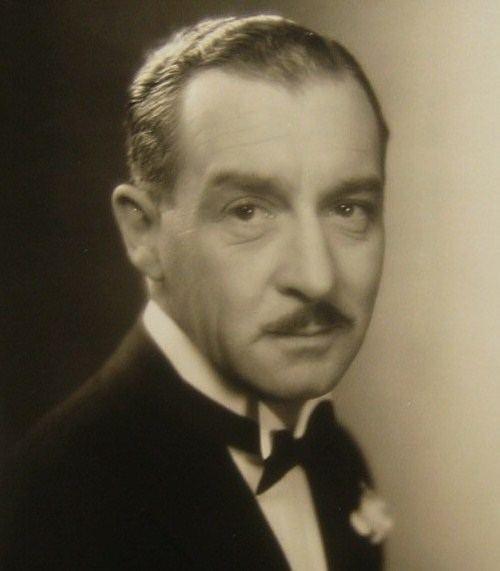 Albert Conti httpsuploadwikimediaorgwikipediacommons88
