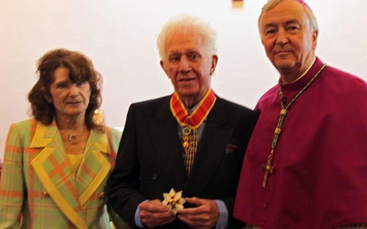 Albert Gubay Catholic billionaire philanthropist who made pact with God dies