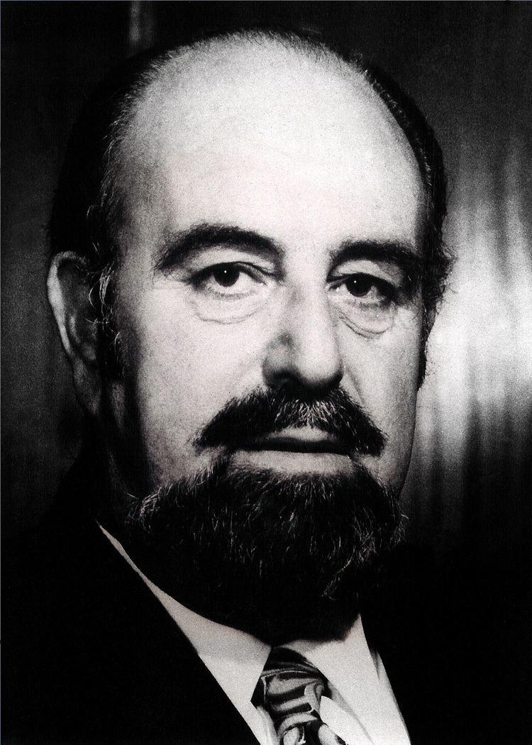 Albert Hyzler httpsuploadwikimediaorgwikipediacommonsbb