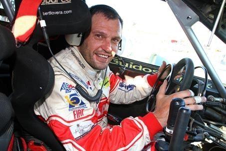 Albert Llovera Conoce al piloto en situacin de discapacidad que corre en
