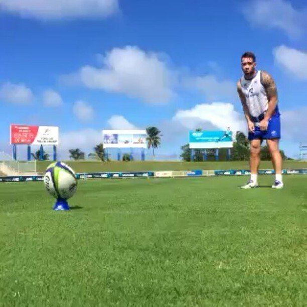 Albert Nikoro Manu Samoa Rugby on Twitter Albert Nikoro during kicking practise