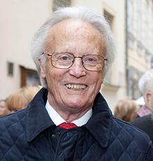 Albert Rohan httpsuploadwikimediaorgwikipediacommonsthu