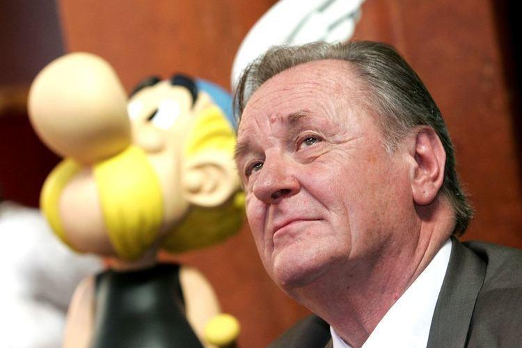 Albert Uderzo Asterix creator Uderzo hangs up pen ABC News Australian