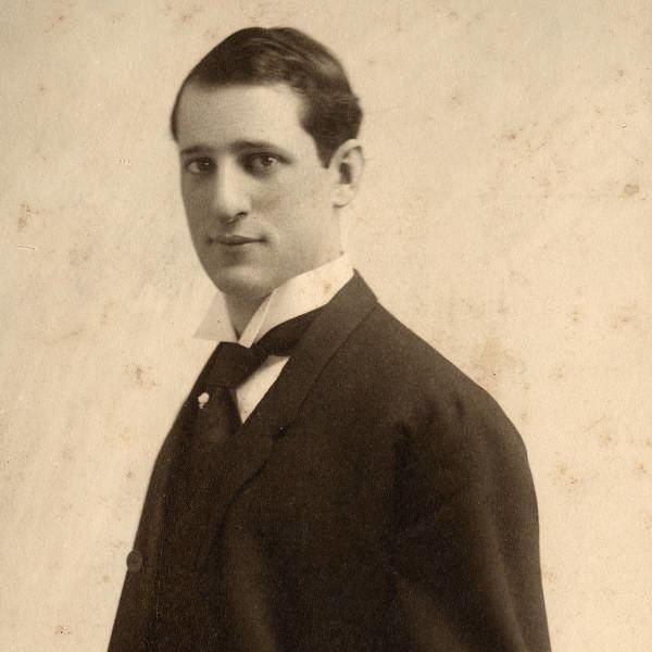 Albert Von Tilzer httpsuploadwikimediaorgwikipediacommons55