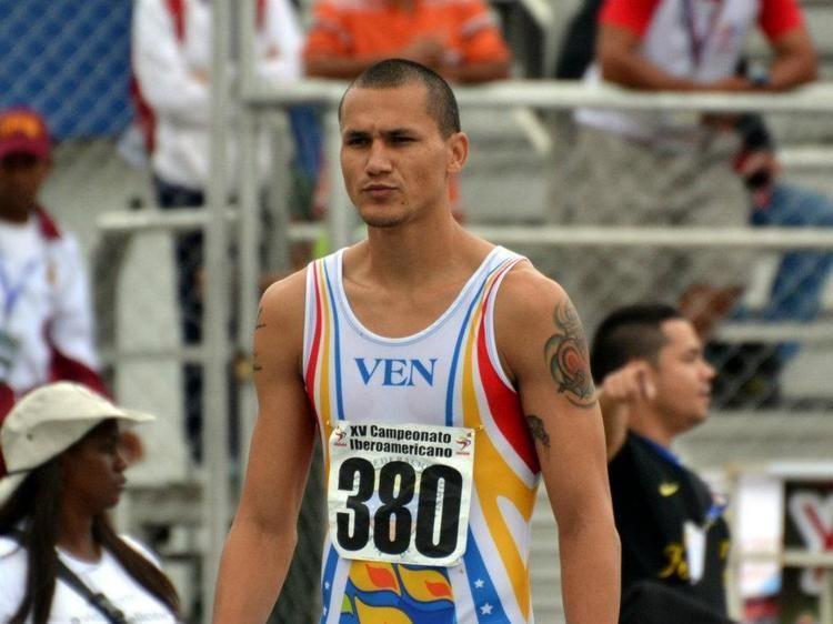 Alberth Bravo Velocista Alberth Bravo clasific a los Olmpicos Mi Ruta Sport