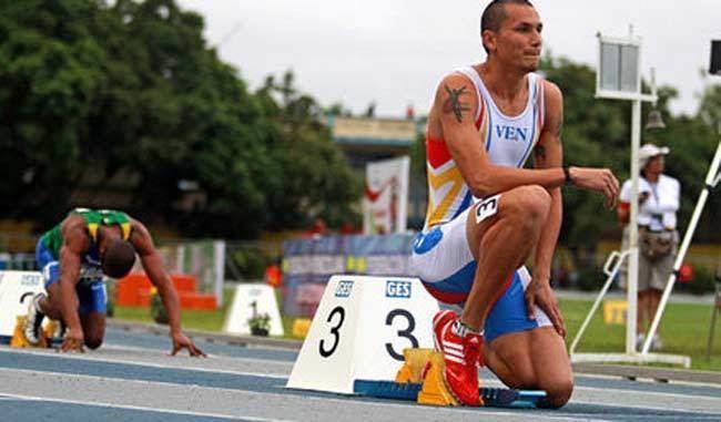 Alberth Bravo Alberth Bravo se clasific para la final de los 400 mts