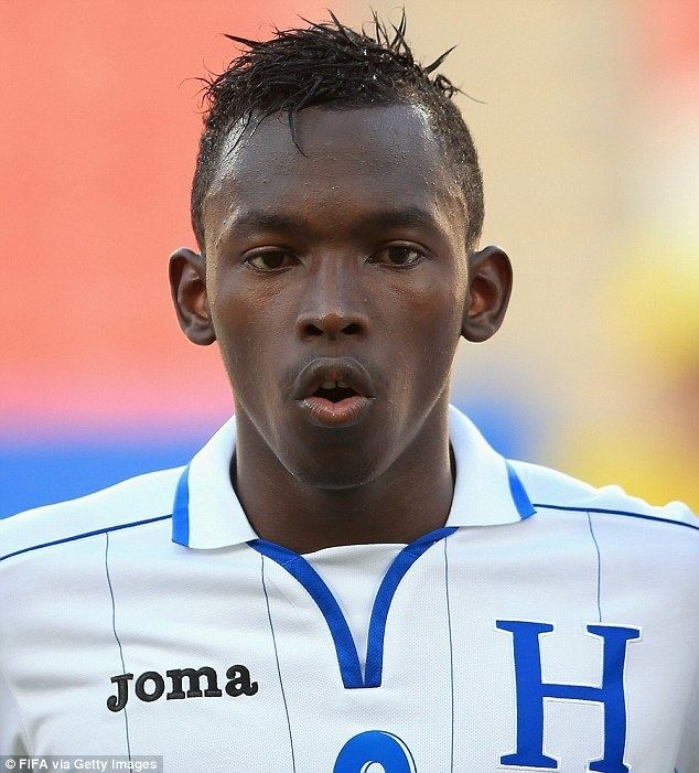 Alberth Elis Everton manager Roberto Martinez chasing transfer for