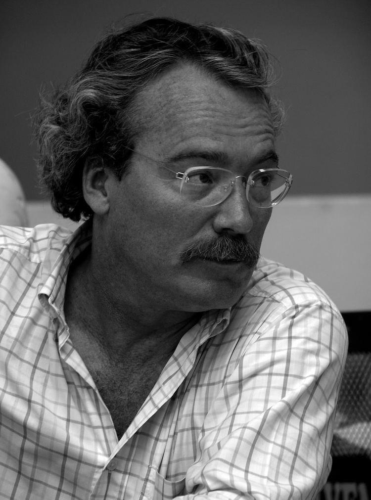 Alberto Barrera Tyszka De otros mundos Alberto Barrera Tyszka gana el Tusquets de Novela