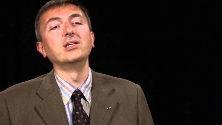 Alberto Broggi Alberto Broggi VisLab University of Parma Italy Vision