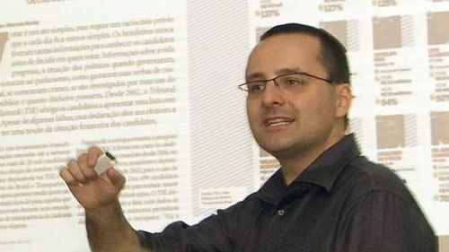 Alberto Cairo Interview Alberto Cairo data visualization expert