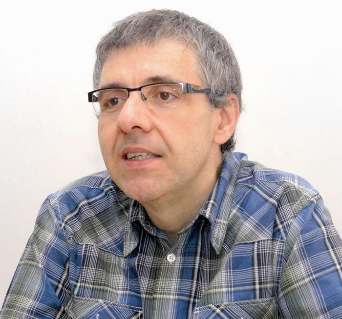 Alberto de Carvalho Opinions on Alberto de Carvalho
