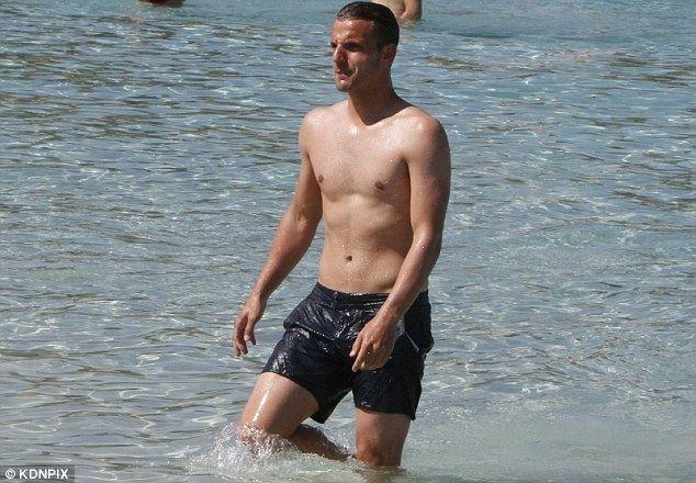 Alberto Moreno (footballer) Tottenham to offer 14m for Sevilla39s Alberto Moreno with
