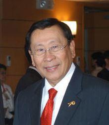 Alberto Romulo httpsuploadwikimediaorgwikipediacommonsthu