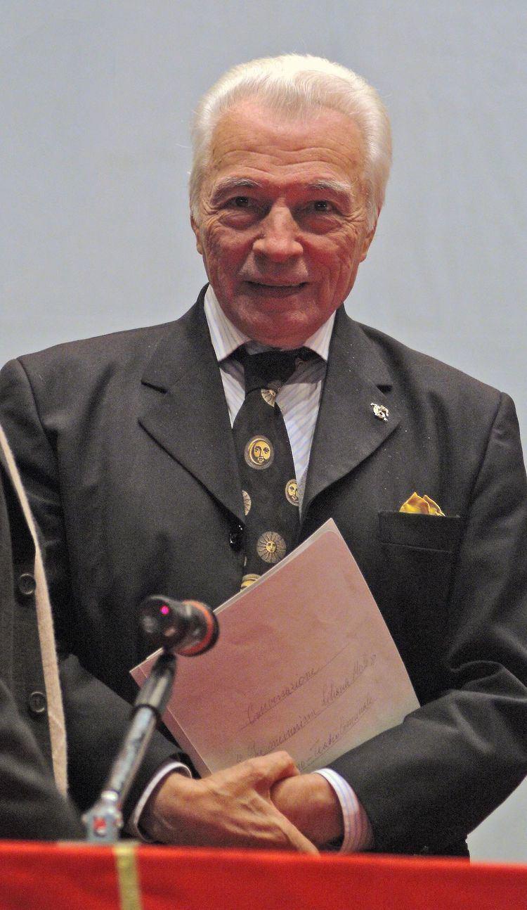 Alberto Testa (dancer) httpsuploadwikimediaorgwikipediacommonsthu