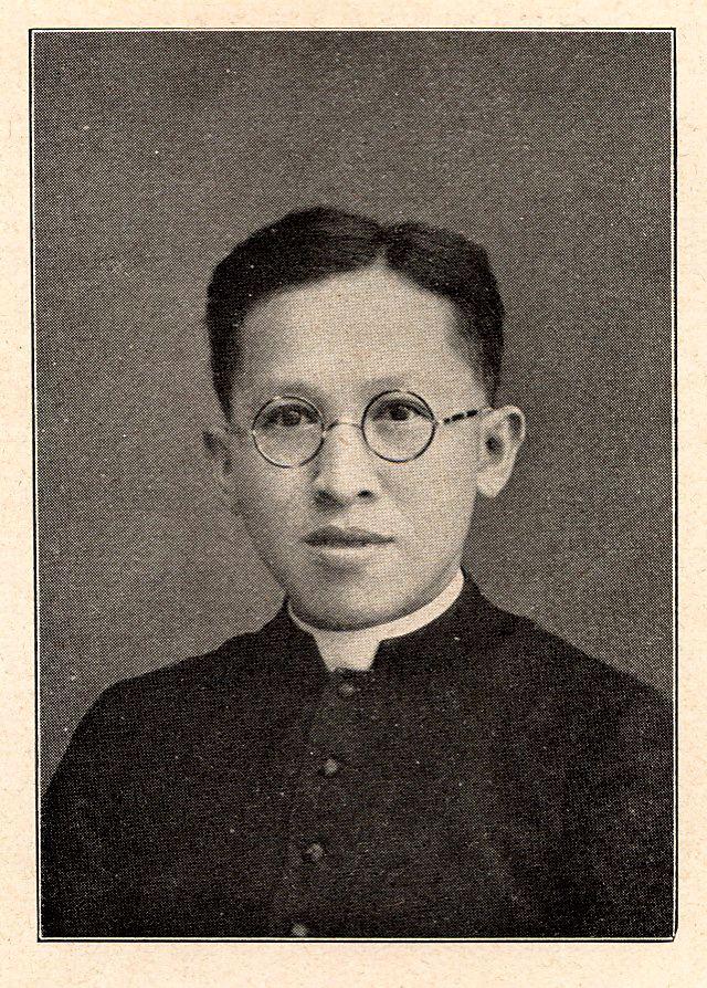 Albertus Soegijapranata SOEGIJA Uskup Lokal yang Menusantara KOMPASIANAcom