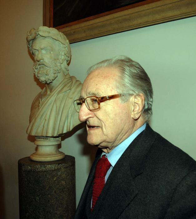 Aldo Tortorella Aldo Tortorella Salvare la Repubblica fondata sul lavoro Auguri