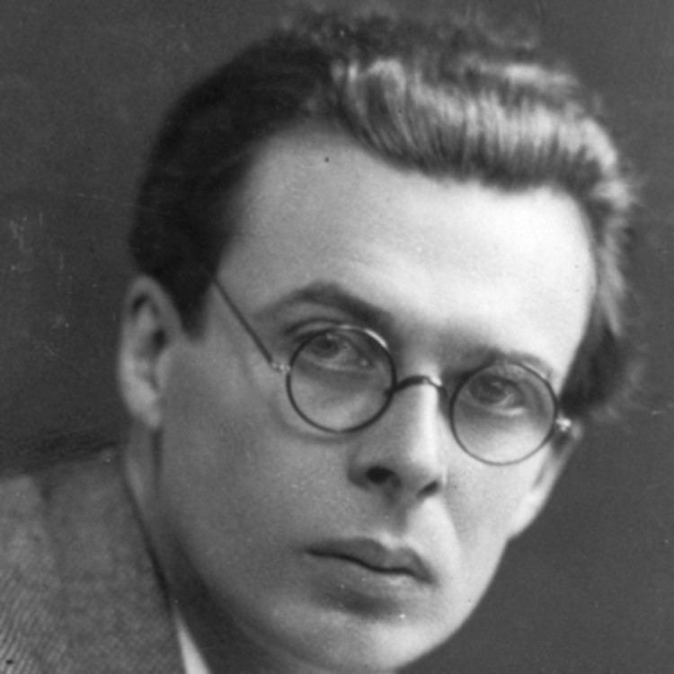 Aldous Huxley httpswwwbiographycomimagetshareMTE5NDg0M