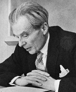 Aldous Huxley Aldous Huxley Biography Facts Britannicacom