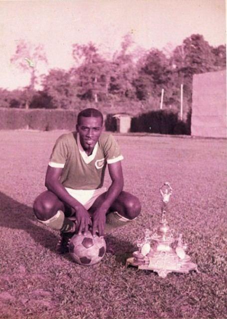 Aldwin Ferguson Aldwin Ferguson with FA Trophy Trinidad Tobago Football History