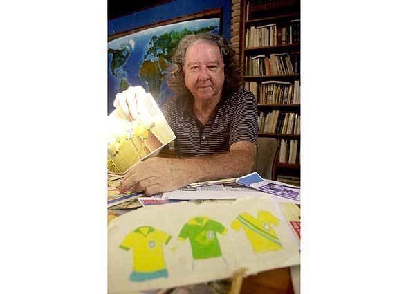 Aldyr Schlee GloboEsportecom gt Futebol 2008 NOTCIAS Pai da camisa