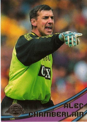 Alec Chamberlain WATFORD Alec Chamberlain 94 TOPPS Premier Gold 2000
