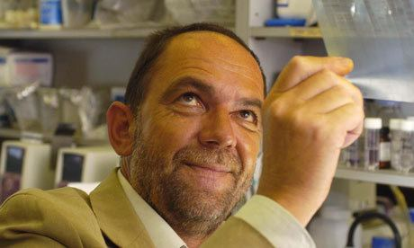 Alec Jeffreys Eureka moment that led to the discovery of DNA