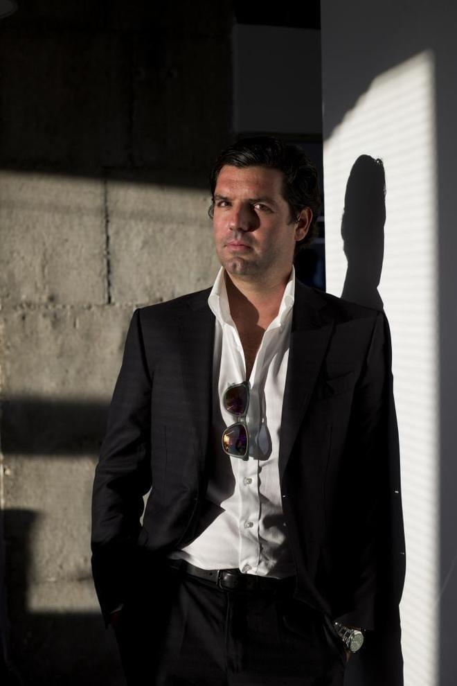 Alejandro Betancourt López l es el rey venezolano de las gafas de sol de Elche Cronica Home