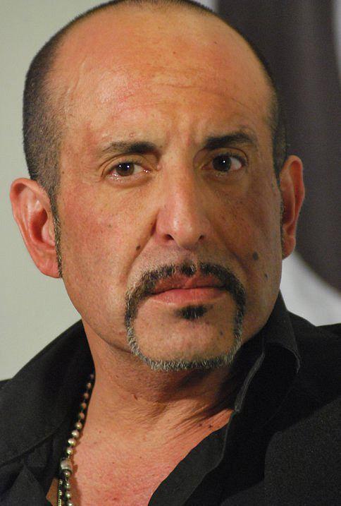 Alejandro Fiore Alejandro Fiore representante JORGE GALLI