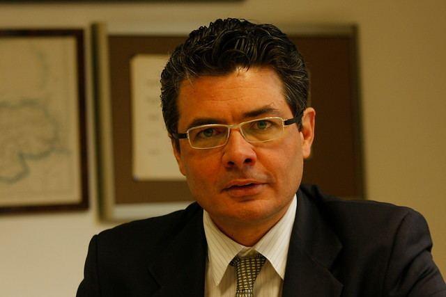 Alejandro Gaviria Uribe El sector salud requiere una solucin con o sin reforma