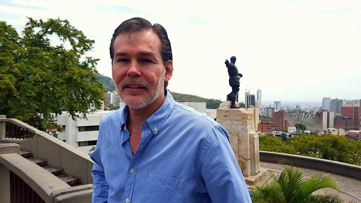 Alejandro Vásquez Alejandro Vsquez Zawadsky asesor de la noche alcalda Armitage