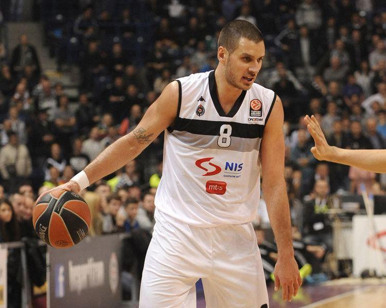 Aleksandar Pavlovic UFFICIALE Sasha Pavlovic torna al Partizan Basketinsidecom