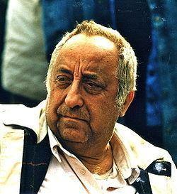 Aleksandar Petrovic (film director) httpsuploadwikimediaorgwikipediacommonsthu