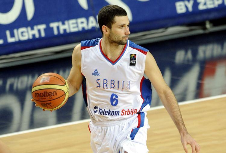 Aleksandar Rasic Steaua Baschet Steaua CSM EximBank la transferat pe