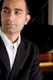 Aleksandar Simic (composer) httpsuploadwikimediaorgwikipediacommonsthu