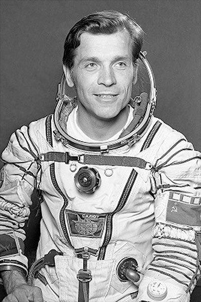 Aleksandr Serebrov Cosmonaut Alexander Serebrov dies at 69 flew four space