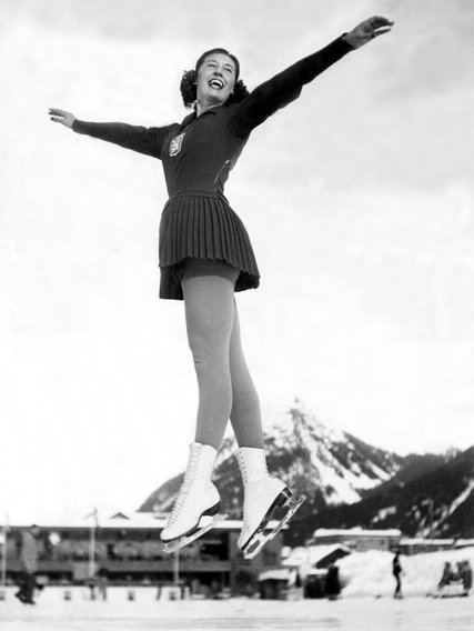Alena Vrzáňová Aja Zanova Top Czech Skater Who Defected to West Dies at 84 The