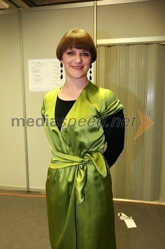 Alenka Dovžan Alenka Dovan nekdanja smuarka EMA 2010 predizbor Mediaspeednet