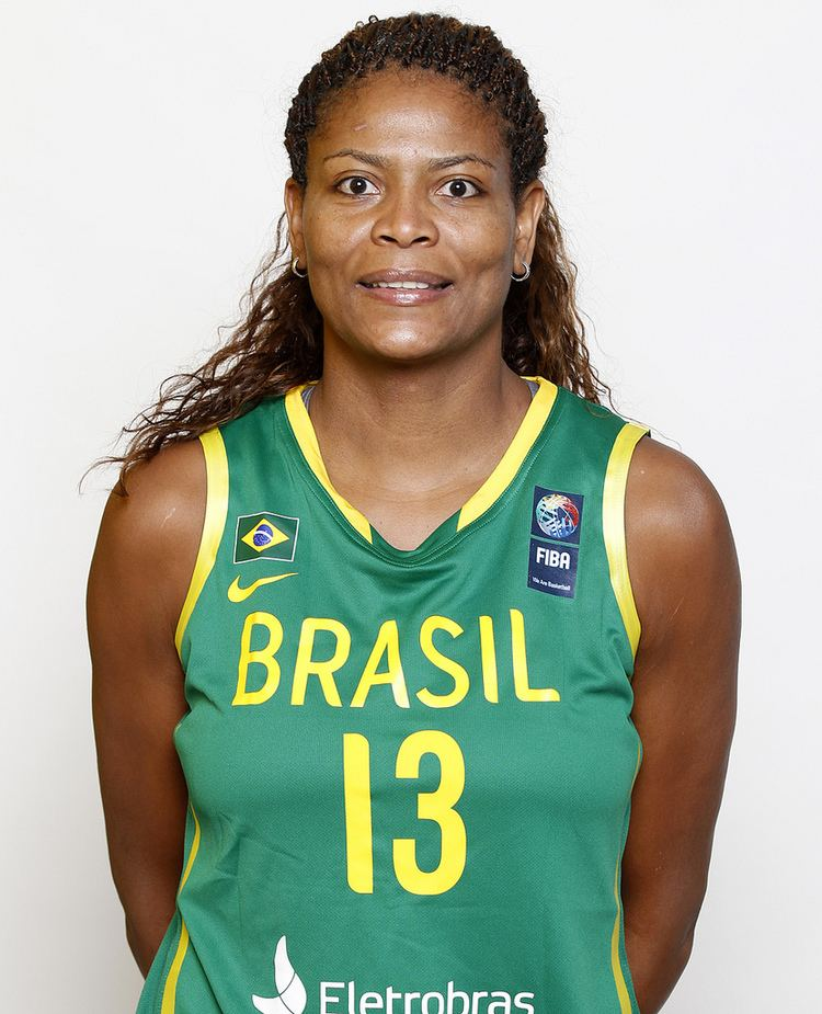 Alessandra Santos de Oliveira 13 Alessandra SANTOS DE OLIVEIRA BRASIL Headshot brasil FIBA