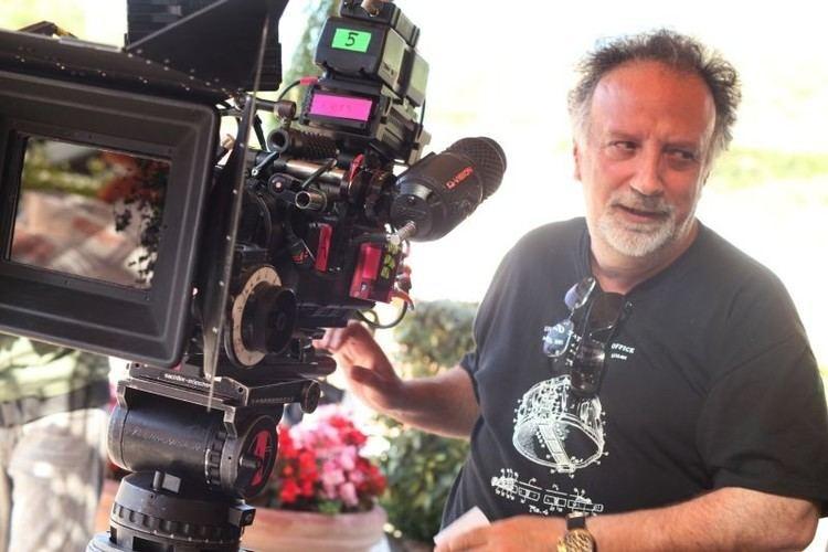 Alessandro Capone E io non pago il regista Alessandro Capone sul set del film 253763