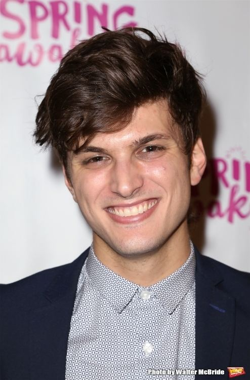 Alex Boniello Broadwaysted Podcast Welcomes Alex Boniello for Games Drinks