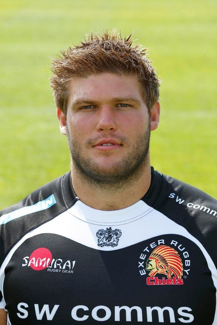 Alex Brown (rugby prop) Alex Brown staying with Exeter Chiefs News Rochford Hundred