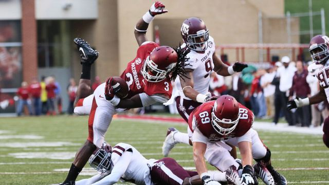 Alex Collins (American football) Arkansas Razorbacks39 Alex Collins Will Be AllAmerican