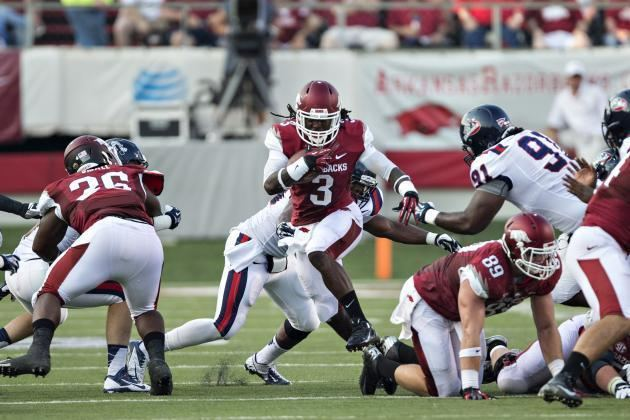Alex Collins (American football) Meet Alex Collins the Freshman RB Who Is Taking College