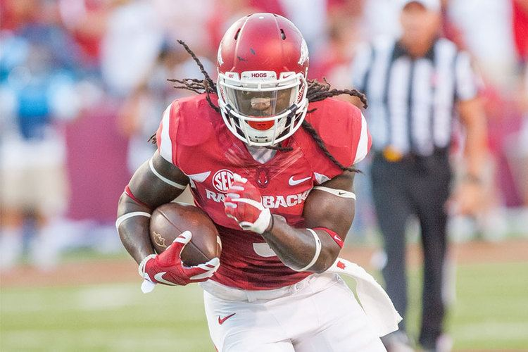 Alex Collins (American football) Listen Alex Collins 80yard TD Run Arkansas Razorbacks